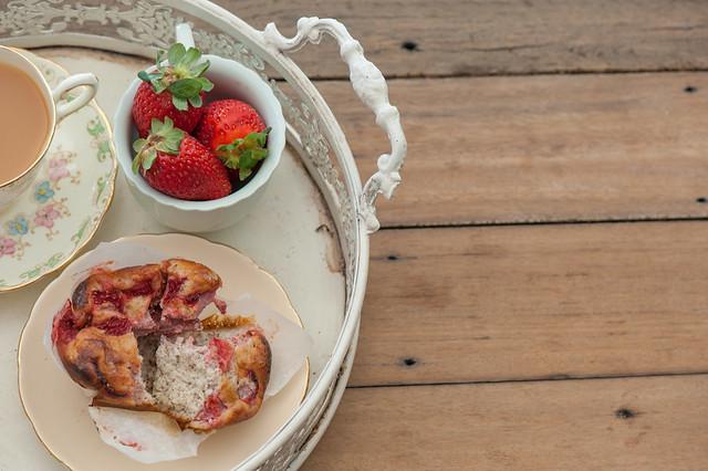 Quick Strawberry Muffins-3