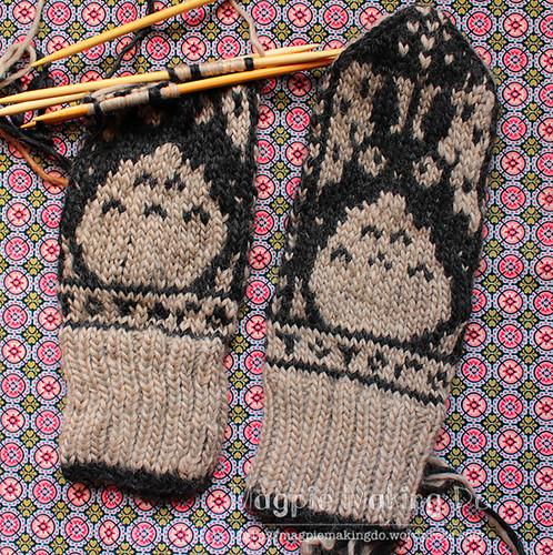 Totoro mittens in progress