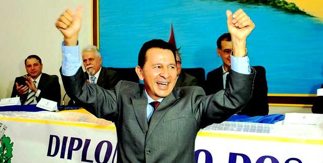 A carne é fraca: genro de vice-prefeito 'engorda' renda com salário da prefeitura, José Maria Tapajós, vice-prefeito