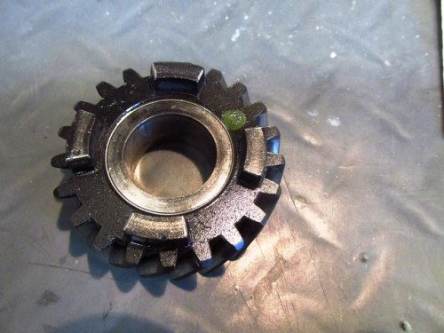 Output Shaft 5th Gear-Uneven Wear on Face