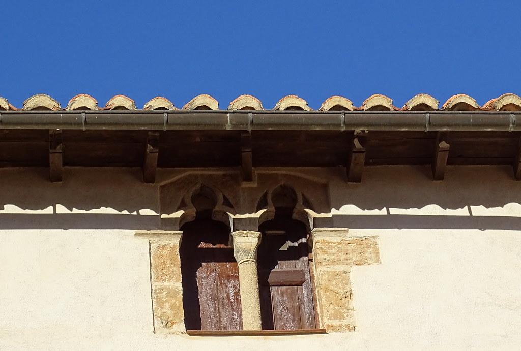 La Iglesuela del Cid ventana geminada Comarca del Maestrazgo Teruel 09