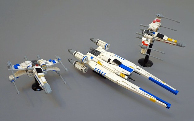 Mid-scale LEGO U-wing & Blue Squadron X-wing from Rogue One | The ...