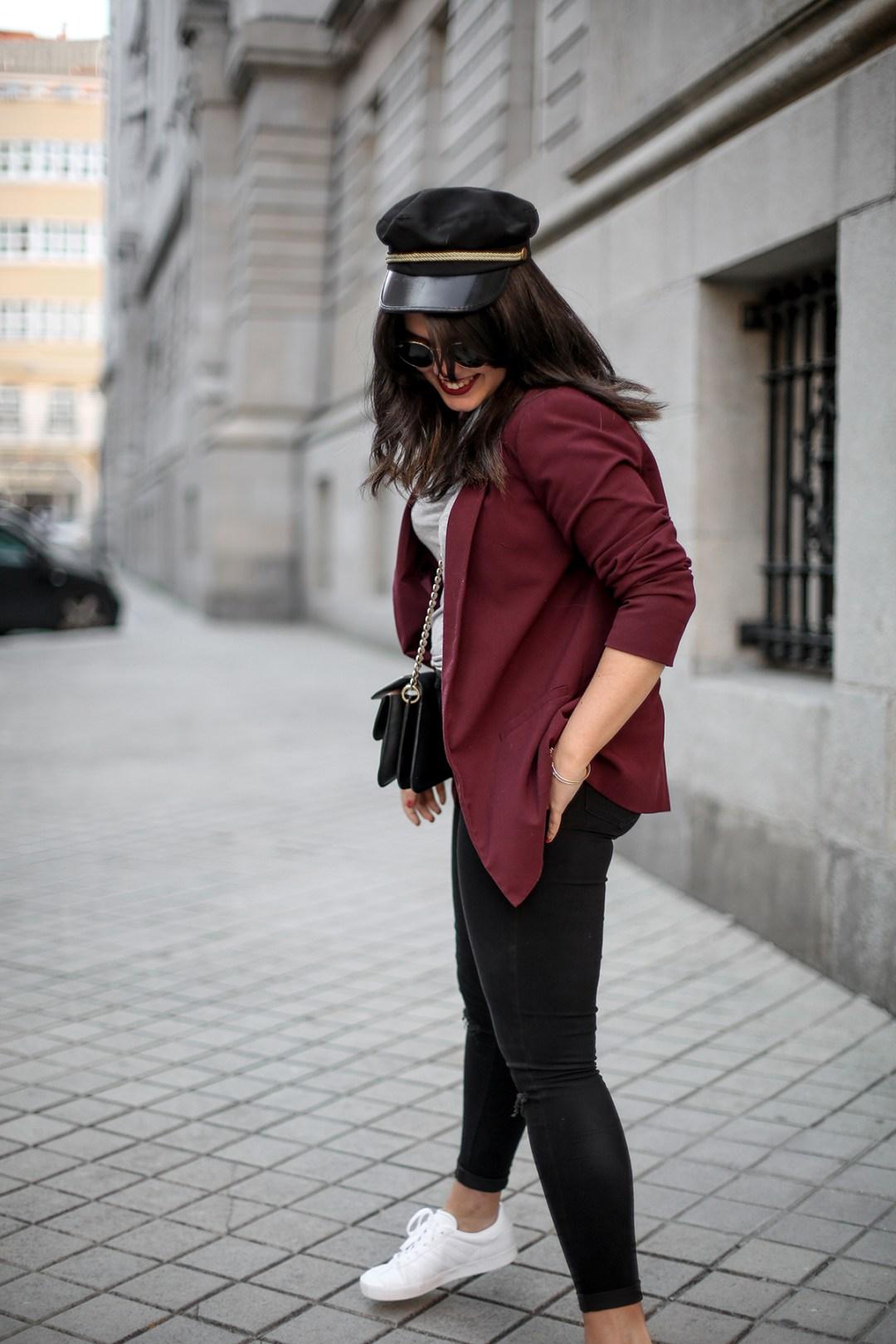 look-gazelle-sneakers-adidas-leztin-street-red-blazer-forever21-myblueberrynightsblog14