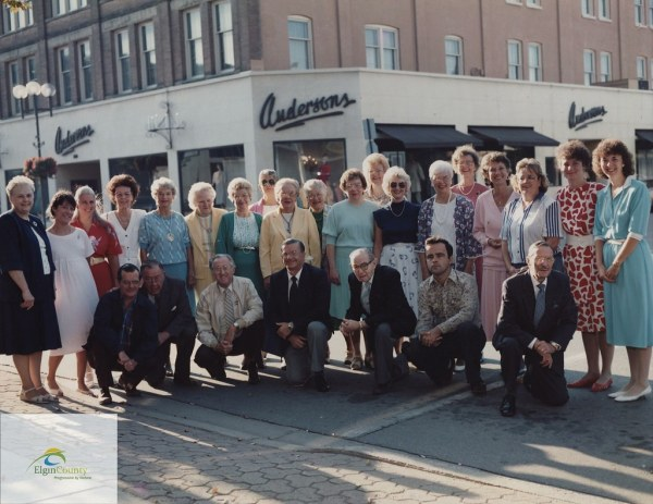 Anderson Department Store, St. Thomas, employees on store ...