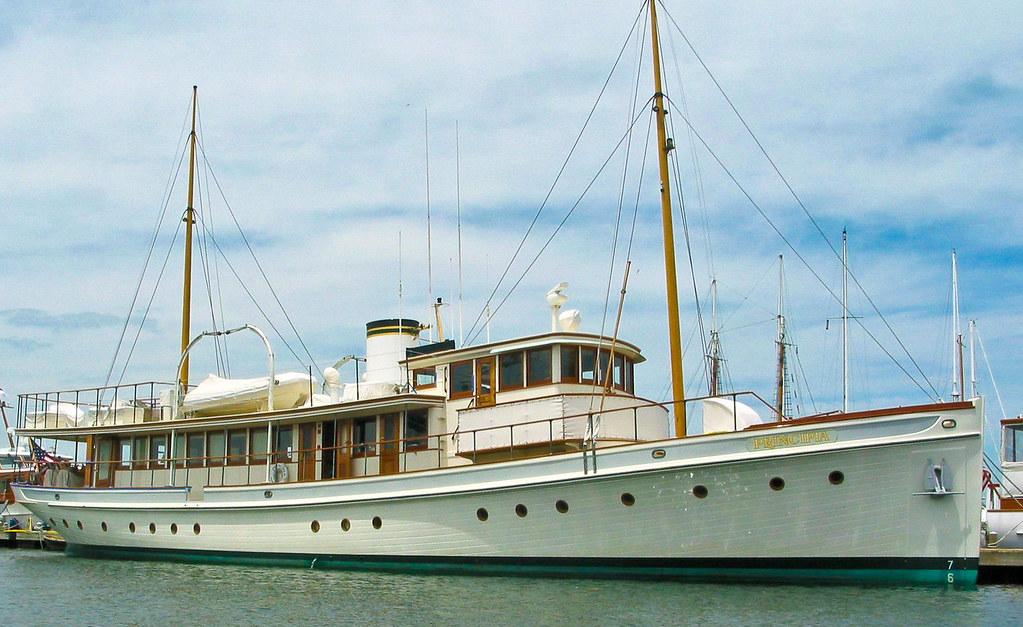 Principia Classic Yacht Principia Newport Harbor Newport