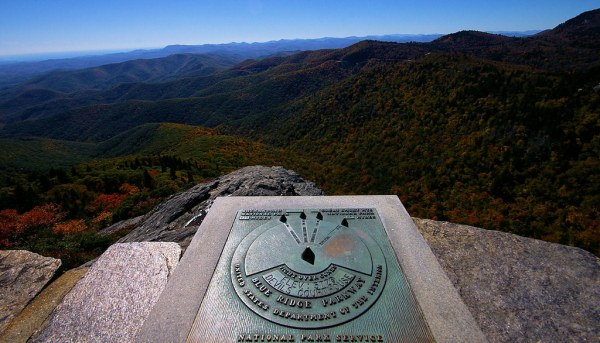 Devil's Courthouse, Blue Ridge Parkway   Hike to the top ...