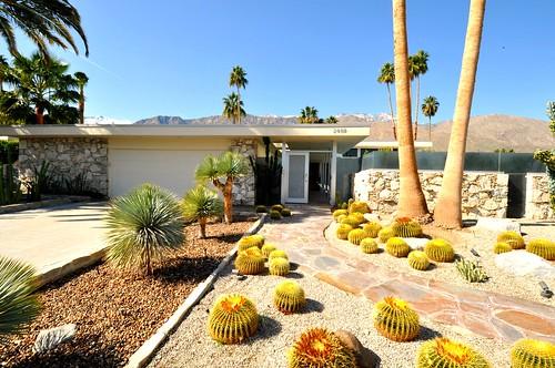 modern palm springs gardens Palm Springs Mid-Century Modern | Chimay Bleue | Flickr