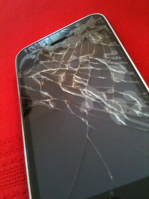 Cracked Iphone Screen Day 3 Well This Is Day 3 With My