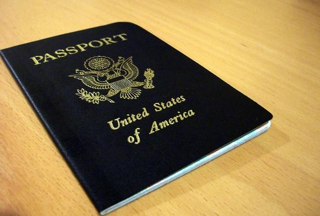 < Passport >