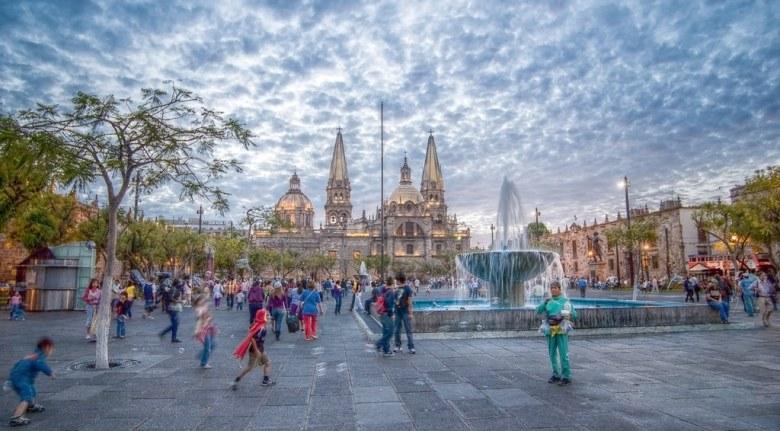 Sabado de Plaza Liberacion, Guadalajara, Jalisco, Mexico | Flickr ...