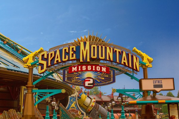Space Mountain Mission 2 - No Wait! | WOW! No wait! We'll ...