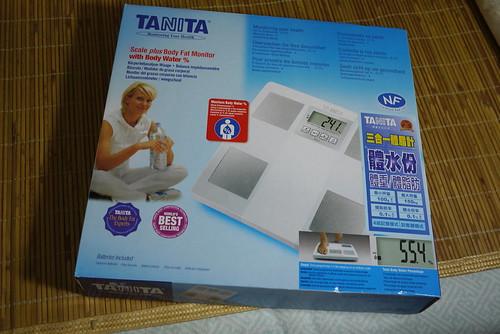 TANITA 體脂計 UM-051   趁大賣場特賣就買了 Tanita 體脂計 Um-051   Richard, enjoy my life!   Flickr