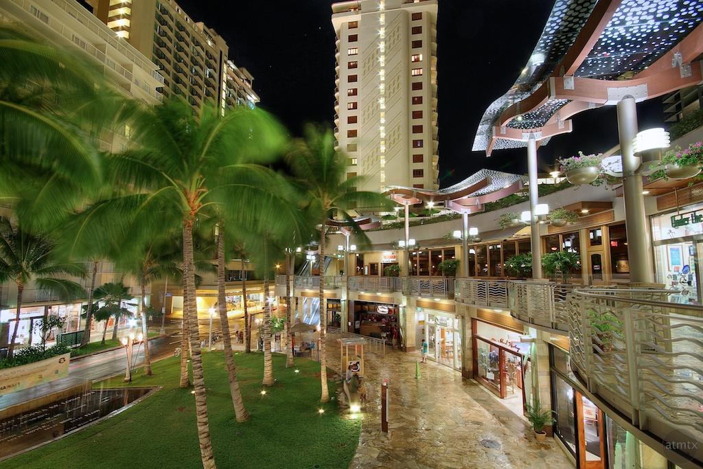 The Shops Of Waikiki Beach Walk Waikiki Beach Walk