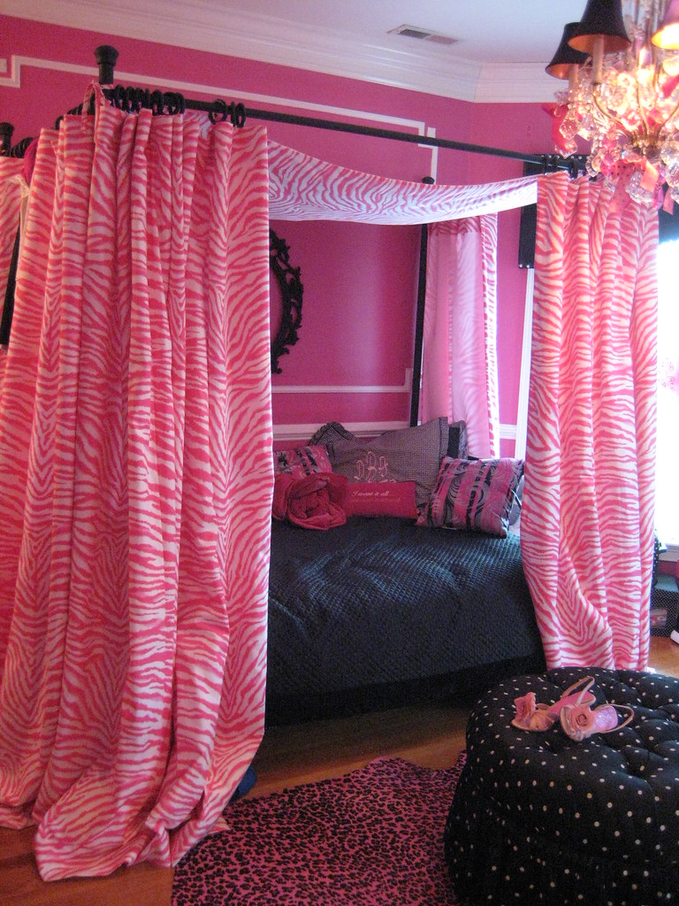 Rock Star Glam In This Sassy Pink Dressing Room We