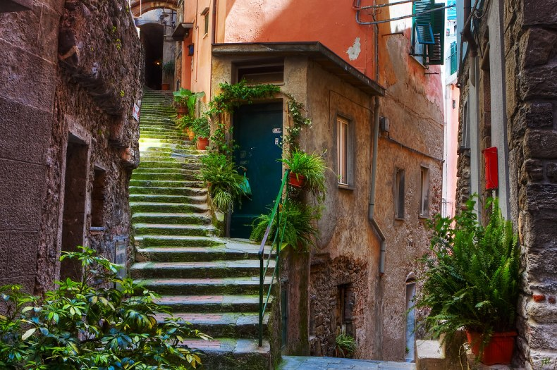 Street view Vernazza.