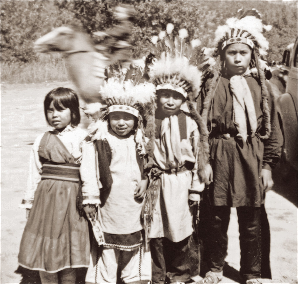 Native American Children At The Garden Of The Gods