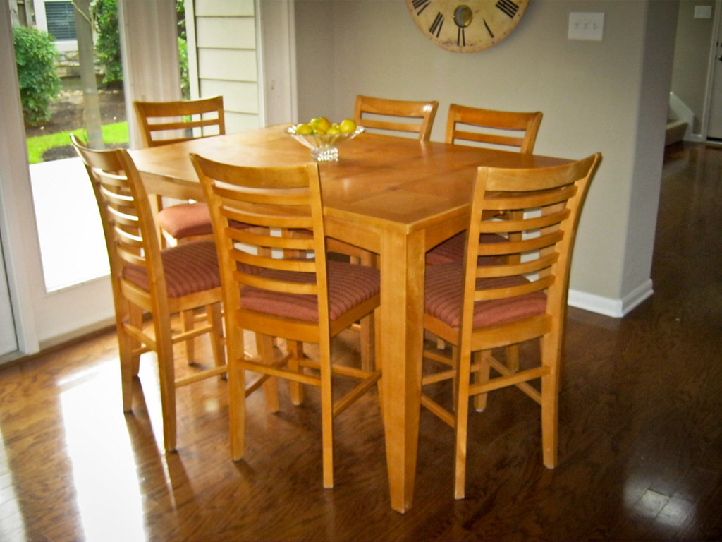 Counter Height Kitchen Table, 6 Chairs
