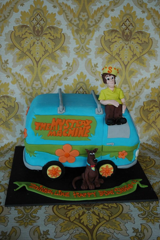 Scooby Doo Birthday Cake 70 S Cake Made For A Shaggy