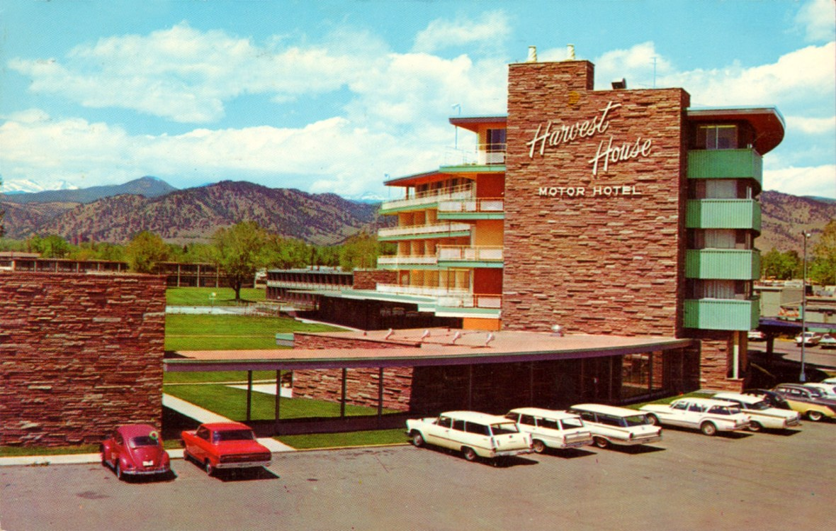 Harvest House Motor Hotel - 1345 28th Street, Boulder, Colorado U.S.A. - 1960s