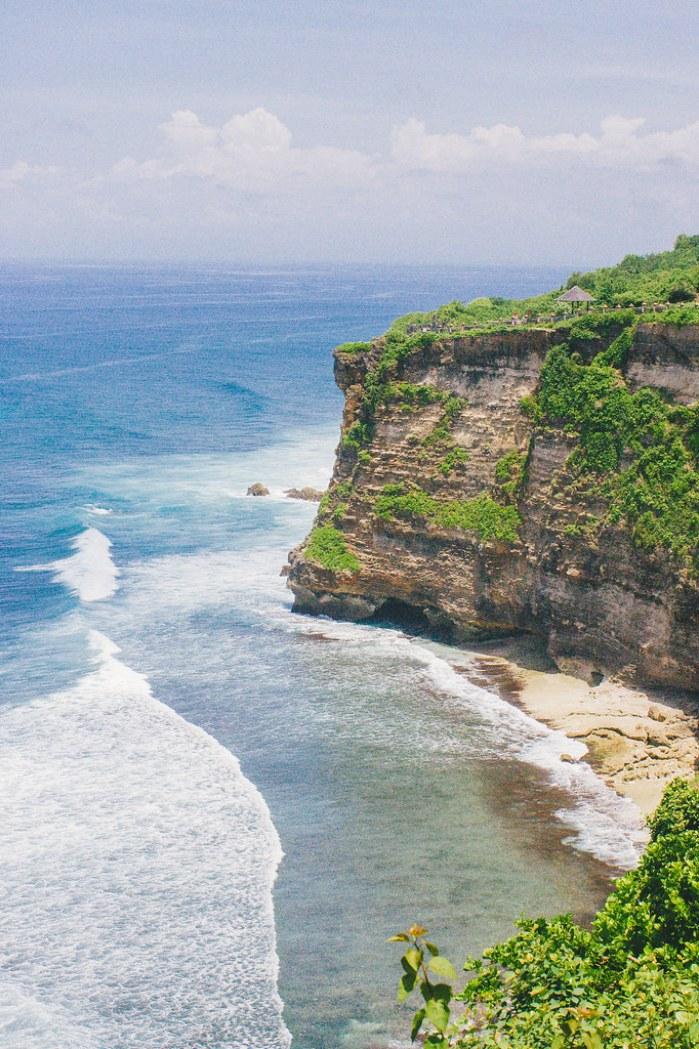 A First-Timer's Guide to Uluwatu, Bali (Pura Luhur Uluwatu)