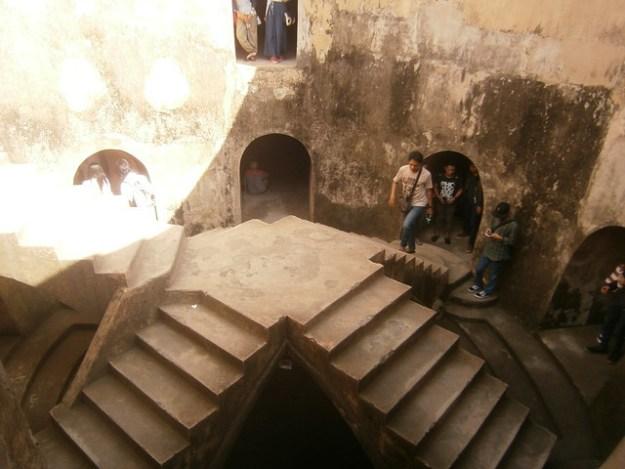 Taman Sari Underground Mosque