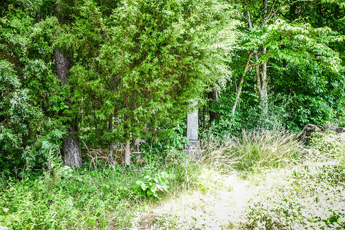 Old Stone Cemetery at Landsford Canal-001