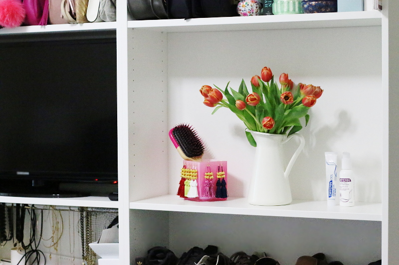 differin-acne-treatment-shelf-3