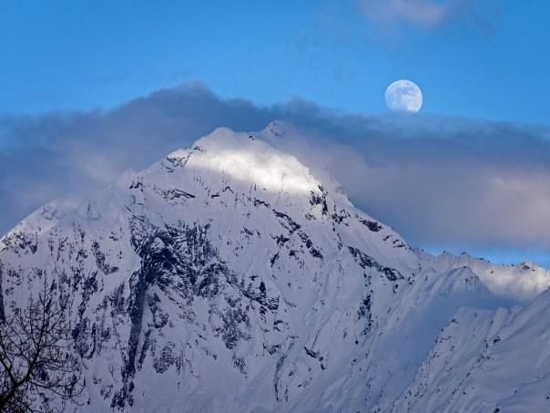 Alaska Moonrise
