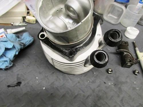 Sealer on Cylinder Base