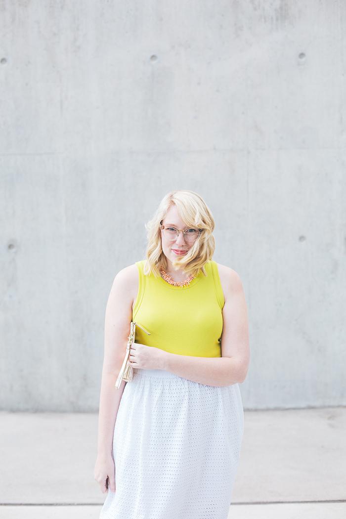 austin fashion blogger writes like a girl white eyelet skirt7