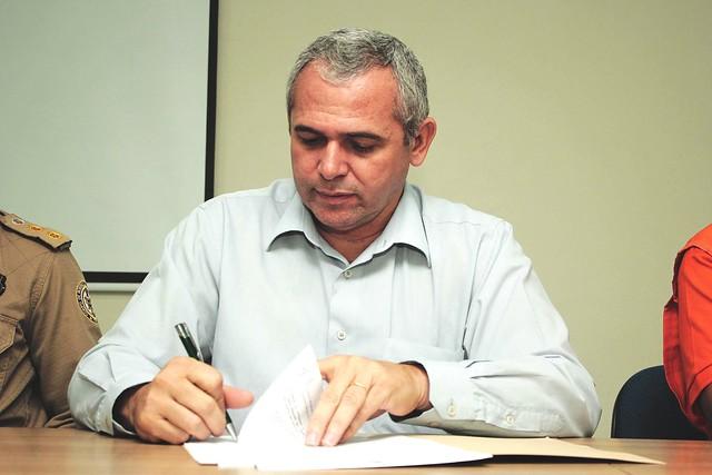 Prefeito assina decreto que declara Santarém em situação de emergência