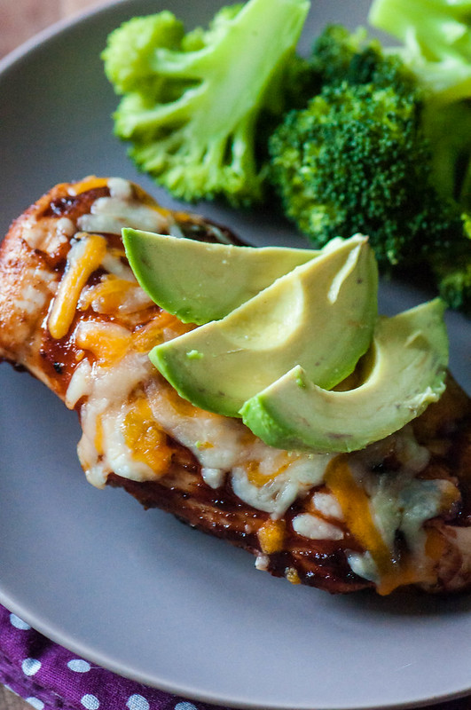 ple barbecue chicken topped with melted cheddar cheese and avocado slices makes for a delicious and simple dinner. Fire up the grill and get this Avocado BBQ Chicken Cheddar Melt on the table in less than 30 minutes.