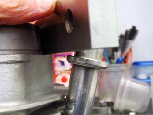 Machine Flat on Cylinder Base To Measure Push Rod Tube Ring Height