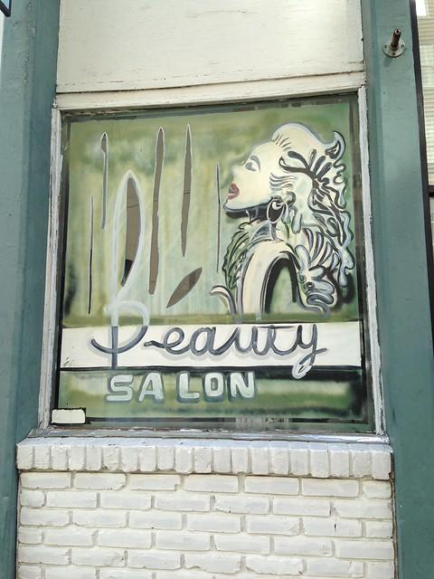 Beauty Salon in Natchez MS