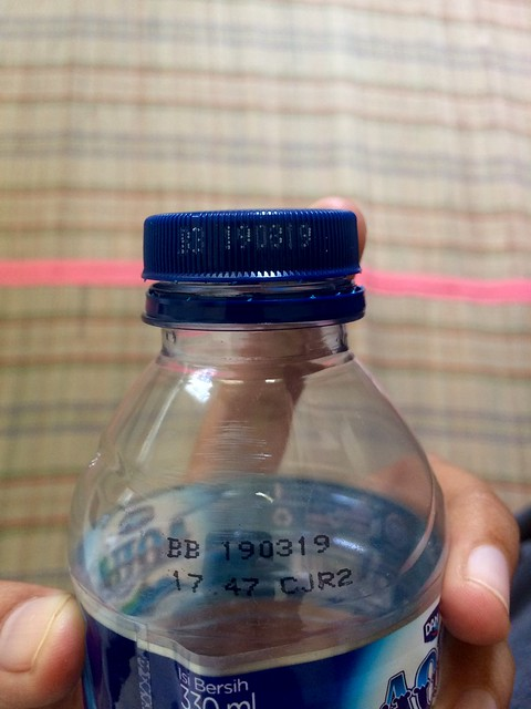 Aqua botol