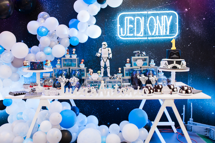Homemade Parties DIY Party_Star Wars Party_Lucas21