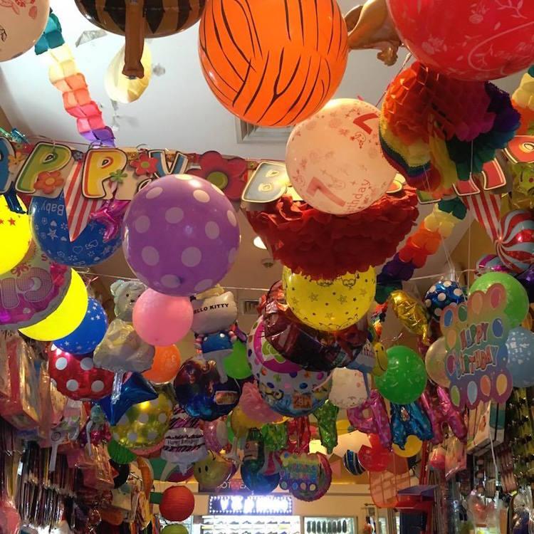 Divisoria_Balloons