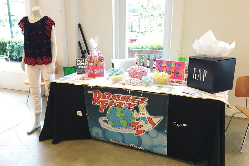 gap-store-rocketfizz-candy-5