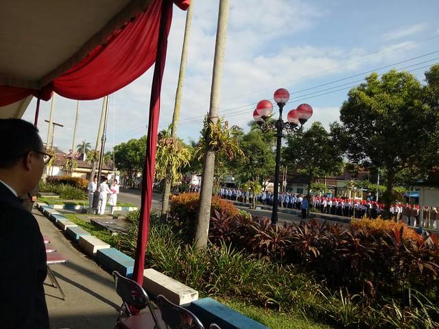 Suasana upacara Hari Kebangkitan Nasional di Halaman Kantor Pemkab Tulungagung (22/5)