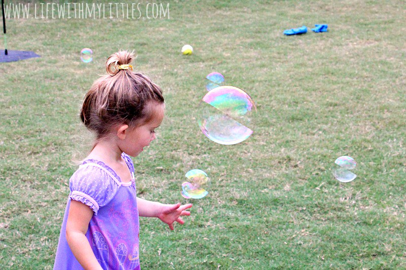 12 backyard activities for toddlers that are perfect for making memories this summer!