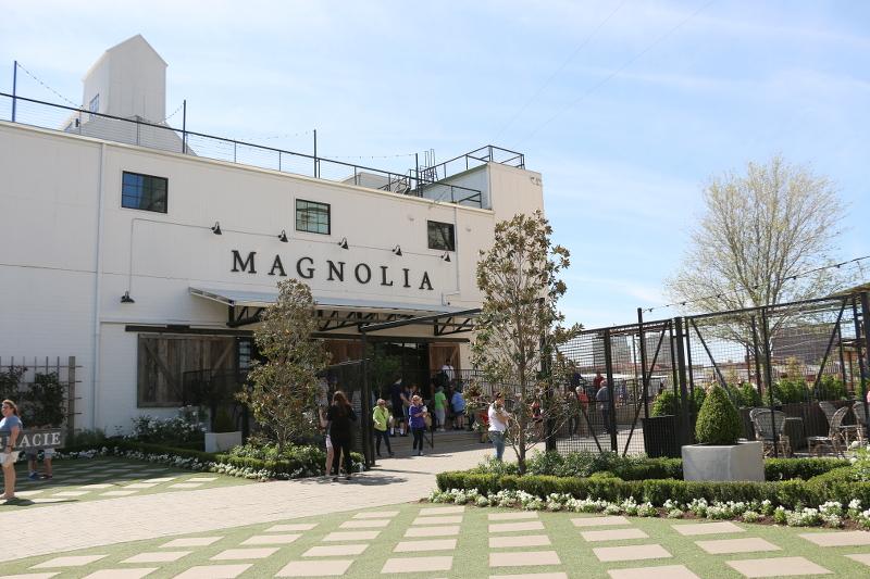 magnolia-market-21