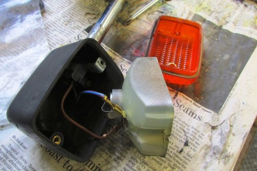 Rear Turn Signal Housing Wiring