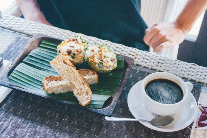 A First-Timer's Guide to Uluwatu, Bali (Buddha Soul Cafe)