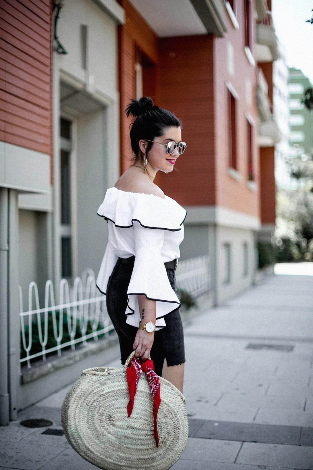 ruffle-top-off-shoulder-sunper-sunglasses-basket-bag-look7