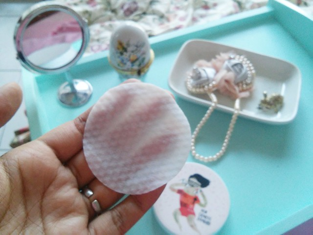 Cosrx one step pimple clear pad smoother side of pad