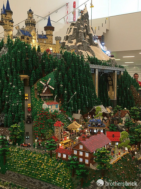 Advance Look Inside Lego House Reveals Dinosaurs And