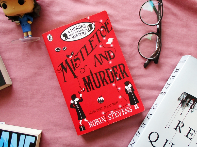 Mistletoe and Murder by Robin Stevens | Hola Darla