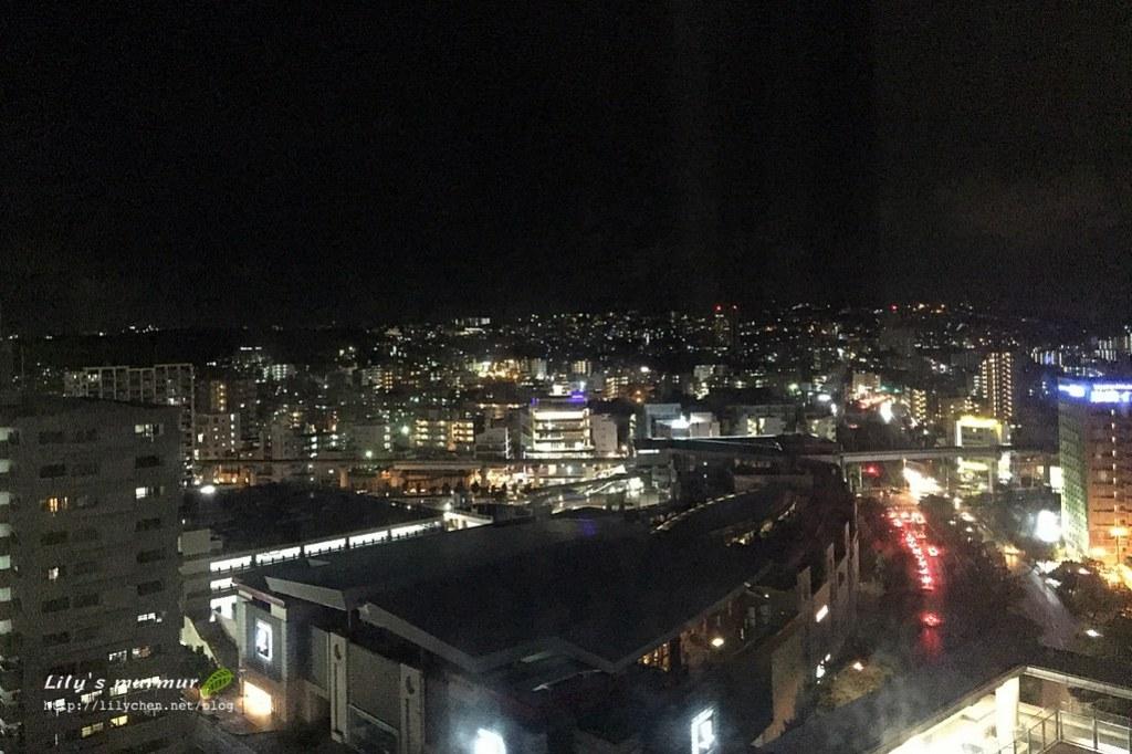 從我們房間拍到的那霸市夜景。