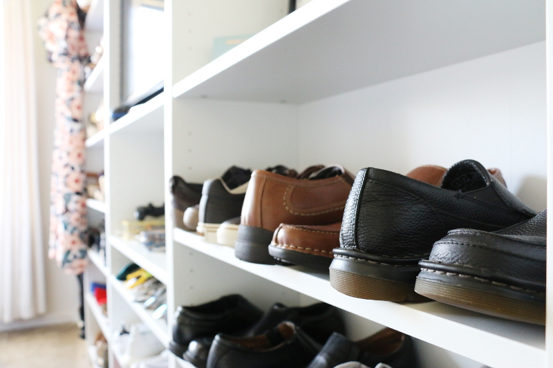 mens-shoes-shelf-closet-shoe-storage-14