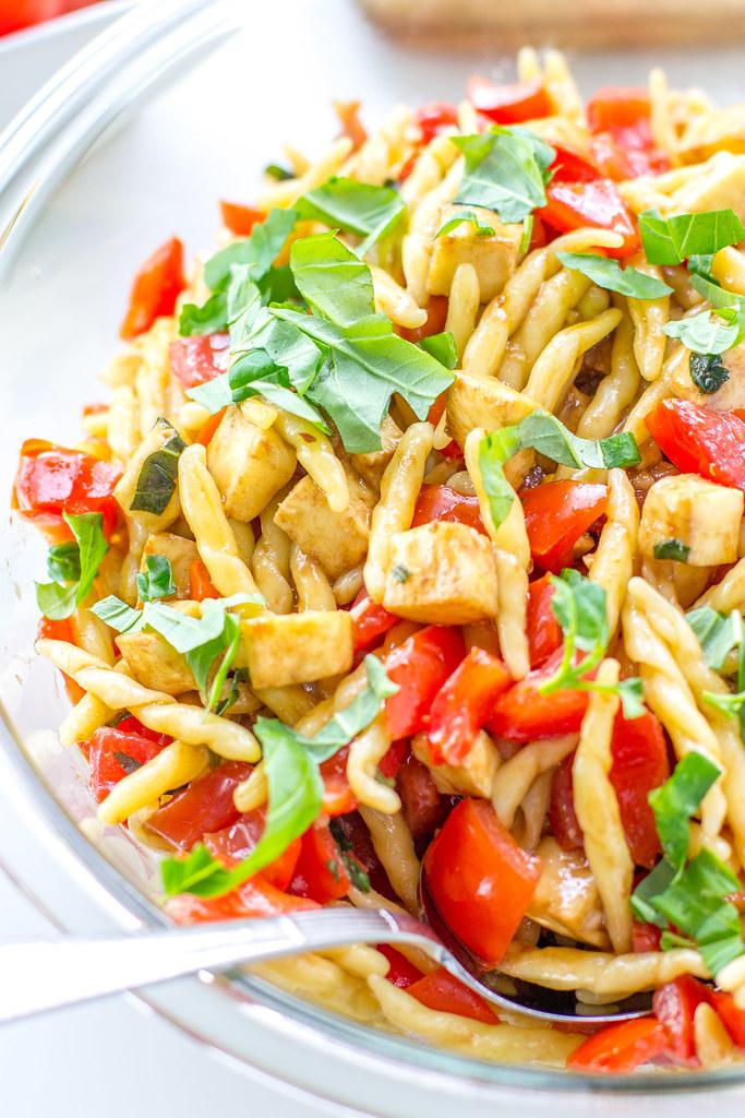 Tomato, Mozzarella, Prosciutto Pasta - a light, fresh, fast summer meal.